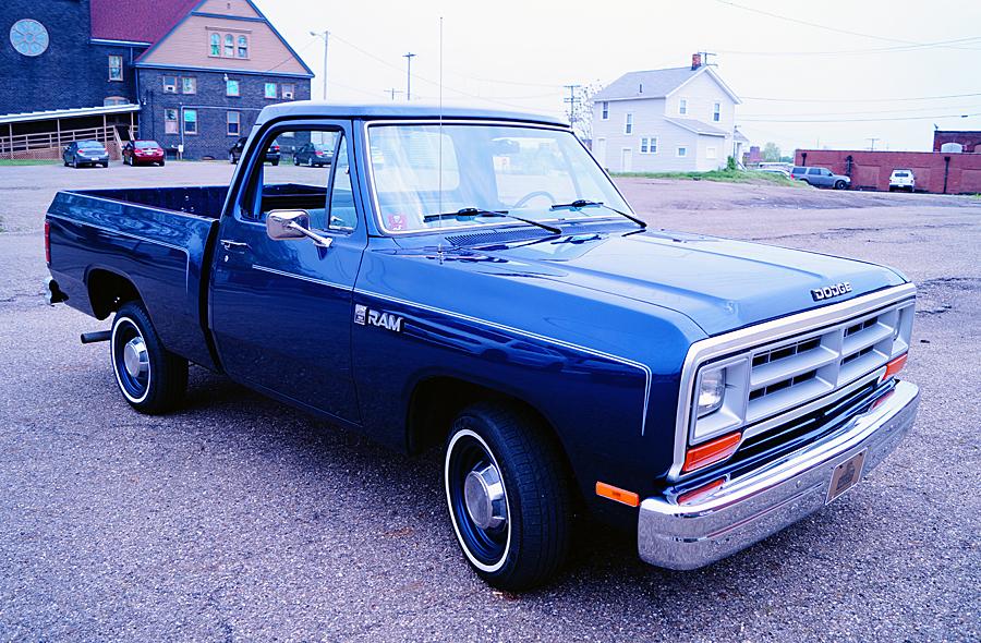Dodge RAM D-150